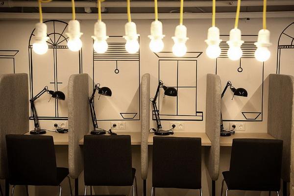 интернет кафе мебель для хостелов