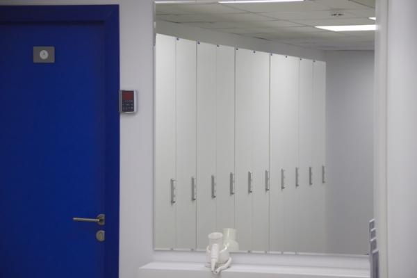 шкаф раздевальный